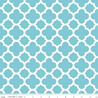 Medium Quatrefoil in Aqua - Riley Blake House Designer - Quatrefoil Cottons