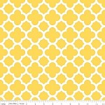 Medium Quatrefoil in Yellow - Riley Blake House Designer - Quatrefoil Cottons